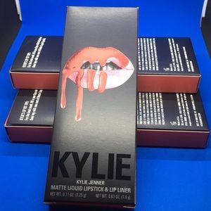 "NIB Kylie Lip Kit ""Kristen "" Matte **Authentic**"